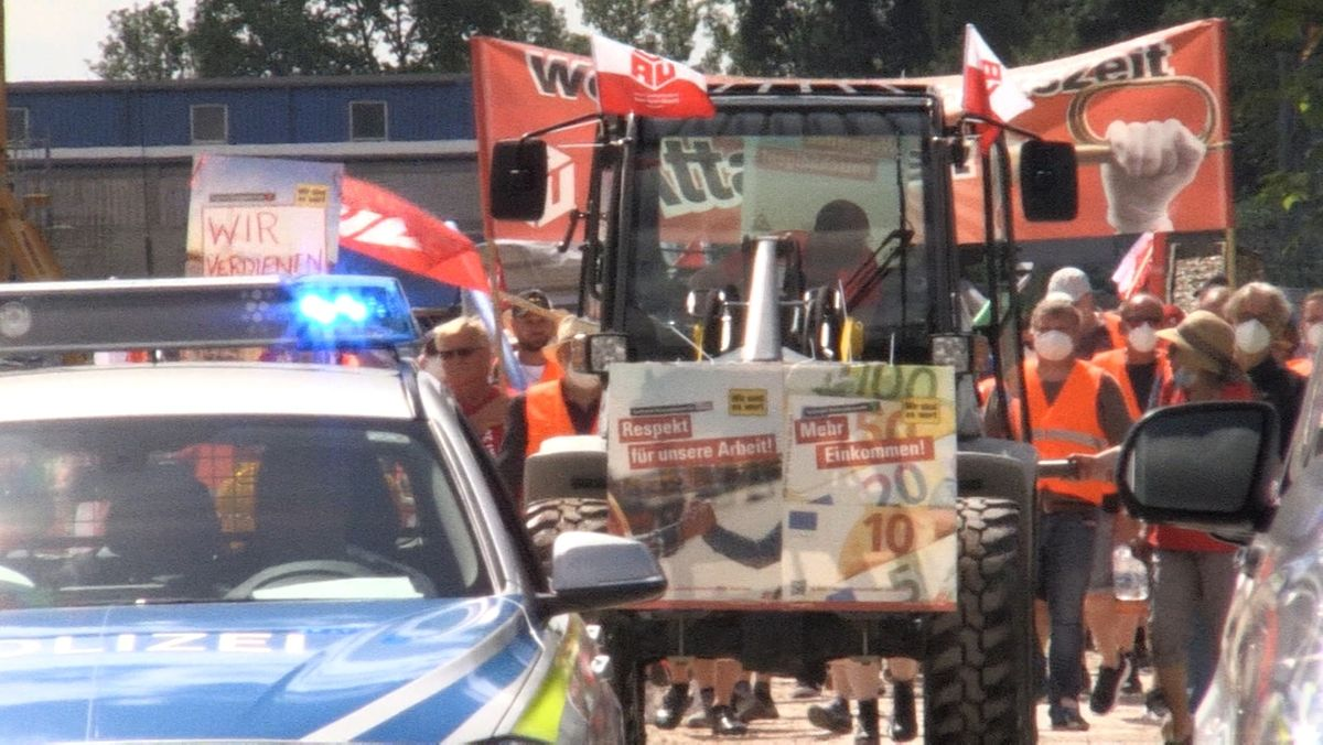 Demonstration der Bau-Beschäftigten in Coburg