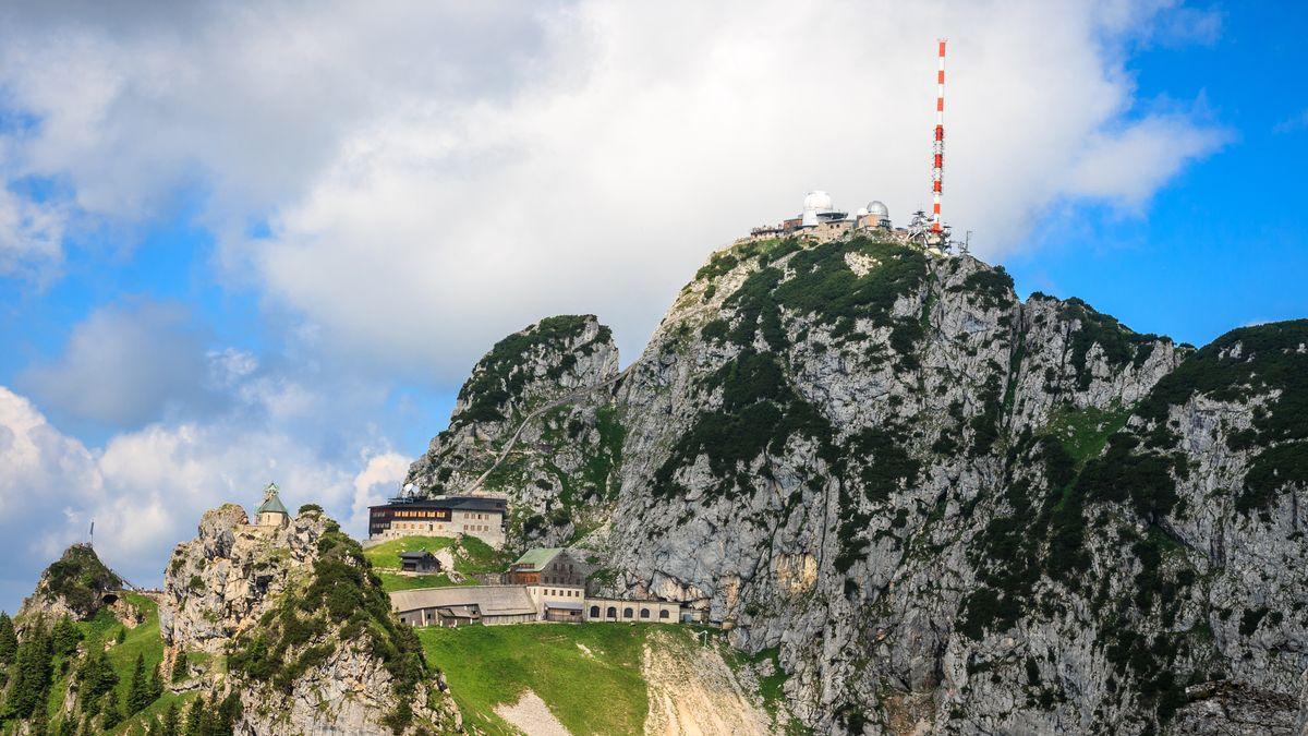 Der Sender Wendelstein - hier arbeiten neun BR-Mitarbeiter.