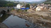 Der Ort Schuld im Hochwassergebiet: Trümmer und zerstörte Häuser | Bild:Christof Stache / AFP