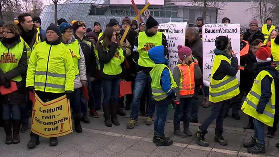 Proteste gegen Stromtrasse Südostlink
