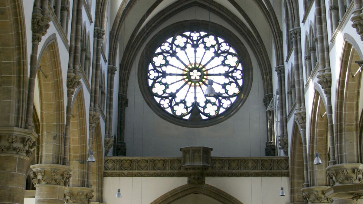 Im Inneren der Münchner Sankt-Pauls-Kirche