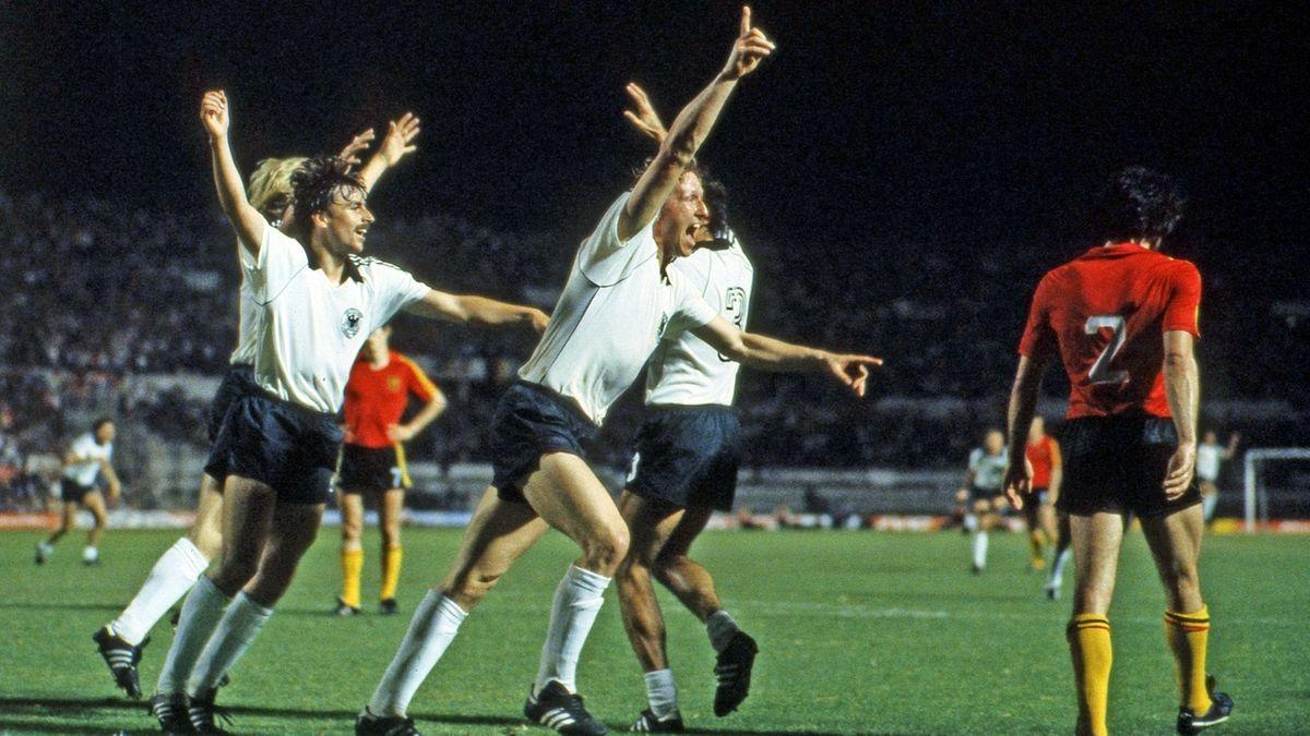 Horst Hrubesch erzielt den 2:1-Siegtreffer im EM-Finale 1980