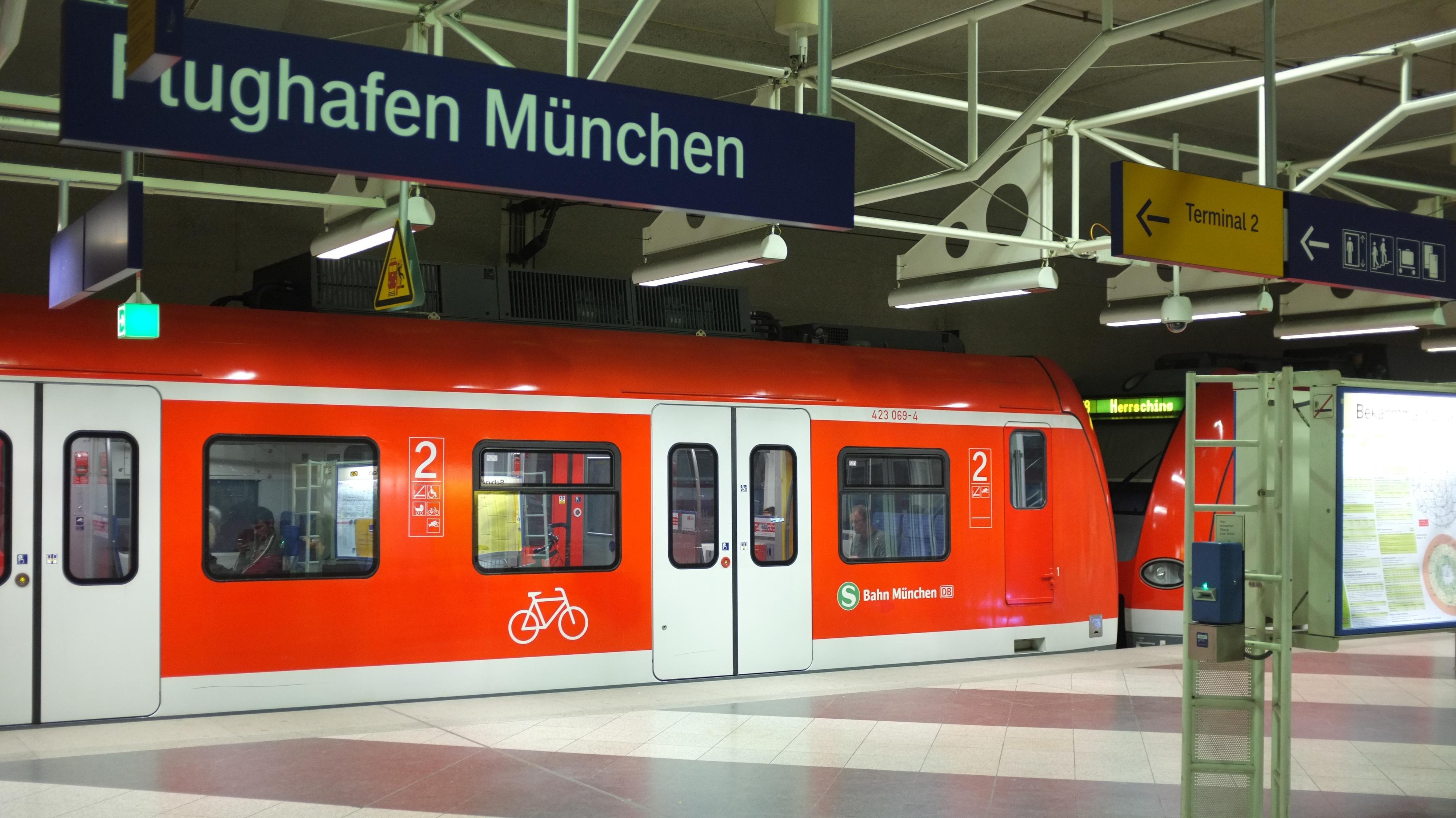 Ab Dem Fahrplanwechsel Mit Der Bahn Aus Ostbayern Zum