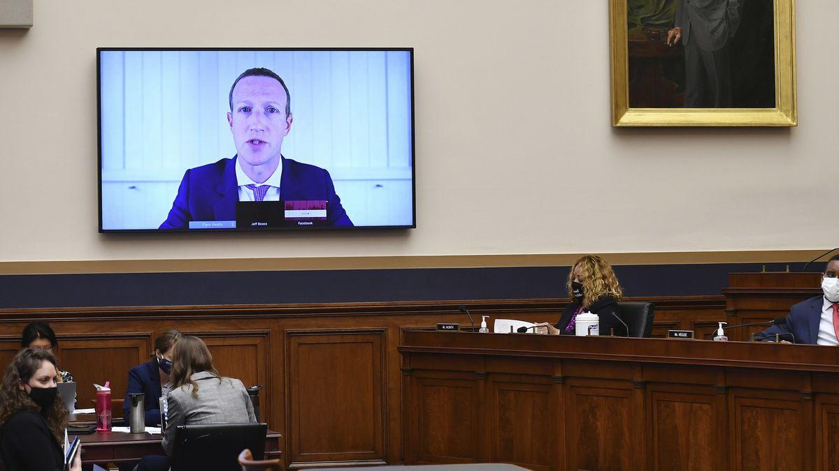Mark Zuckerberg, Vorstandsvorsitzender von Facebook, sagt via Videokonferenz im Justizministerium aus