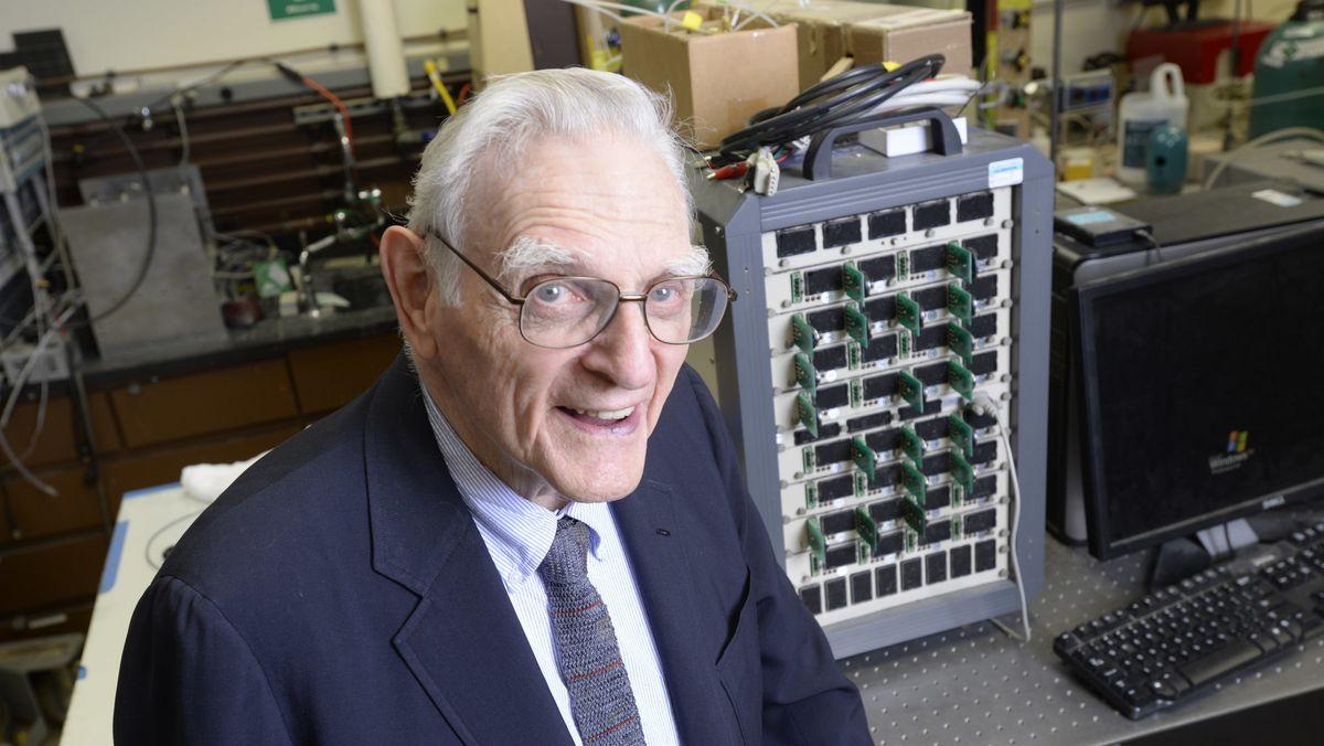 John Goodenough in seinem Labor an der University of Texas at Austin.
