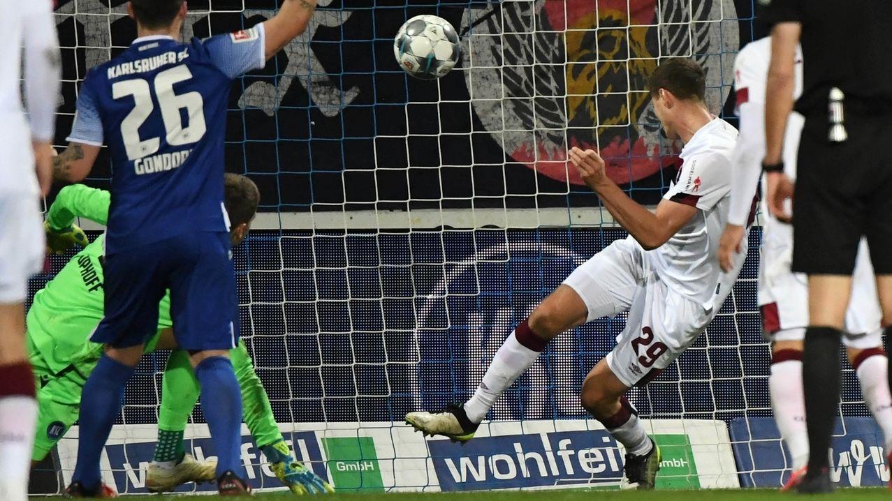Patrick Erras trifft zum Sieg für den 1. FC Nürnberg