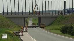 Bau einer Lärmschutzwand entlang der A3 bei Rettersheim | Bild:BR Fernsehen