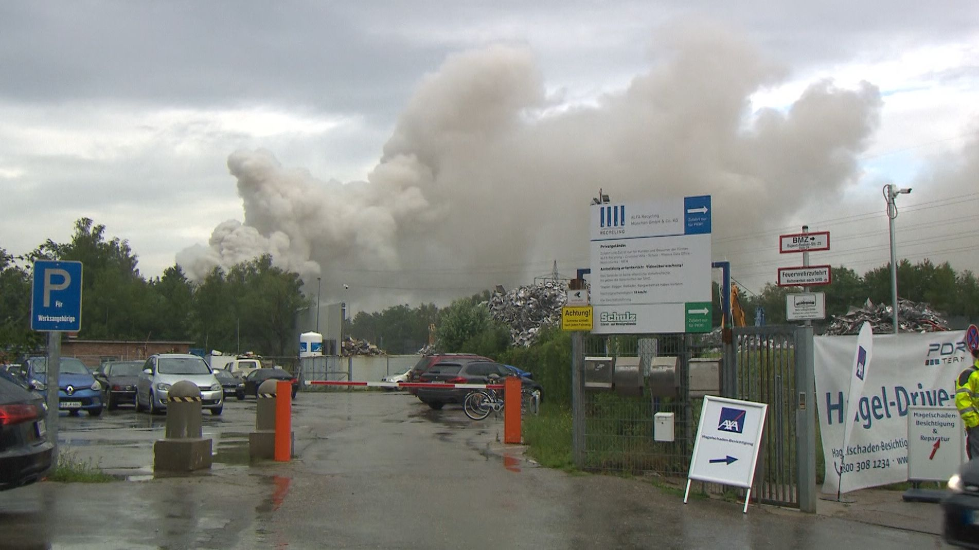 Brand in einem Recyclinghof in München.