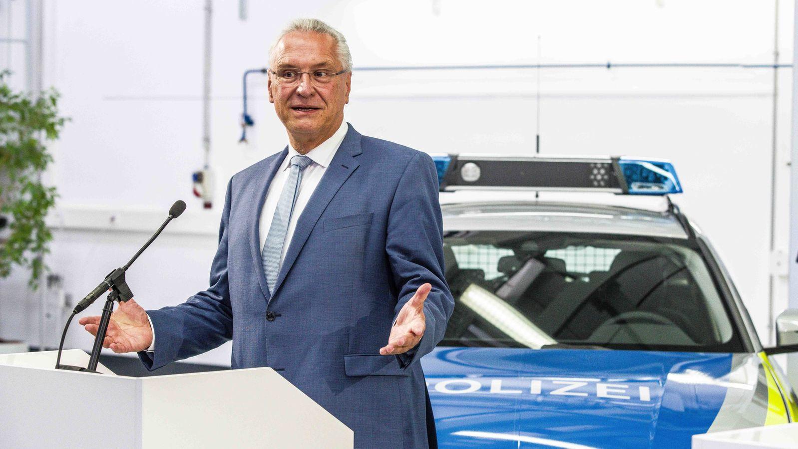 Bayerns Innenminister Joachim Herrmann: Rechtsextremismus- und Drogen-Skandale