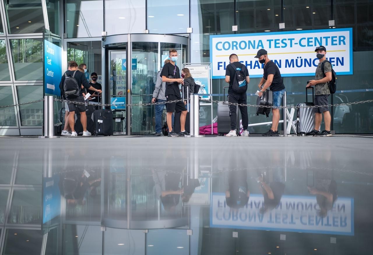 Jens Spahn will Reiserückkehrer nicht für Corona-Tests extra zur Kasse bitten