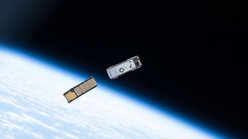 Satellit in der Erdumlaufbahn