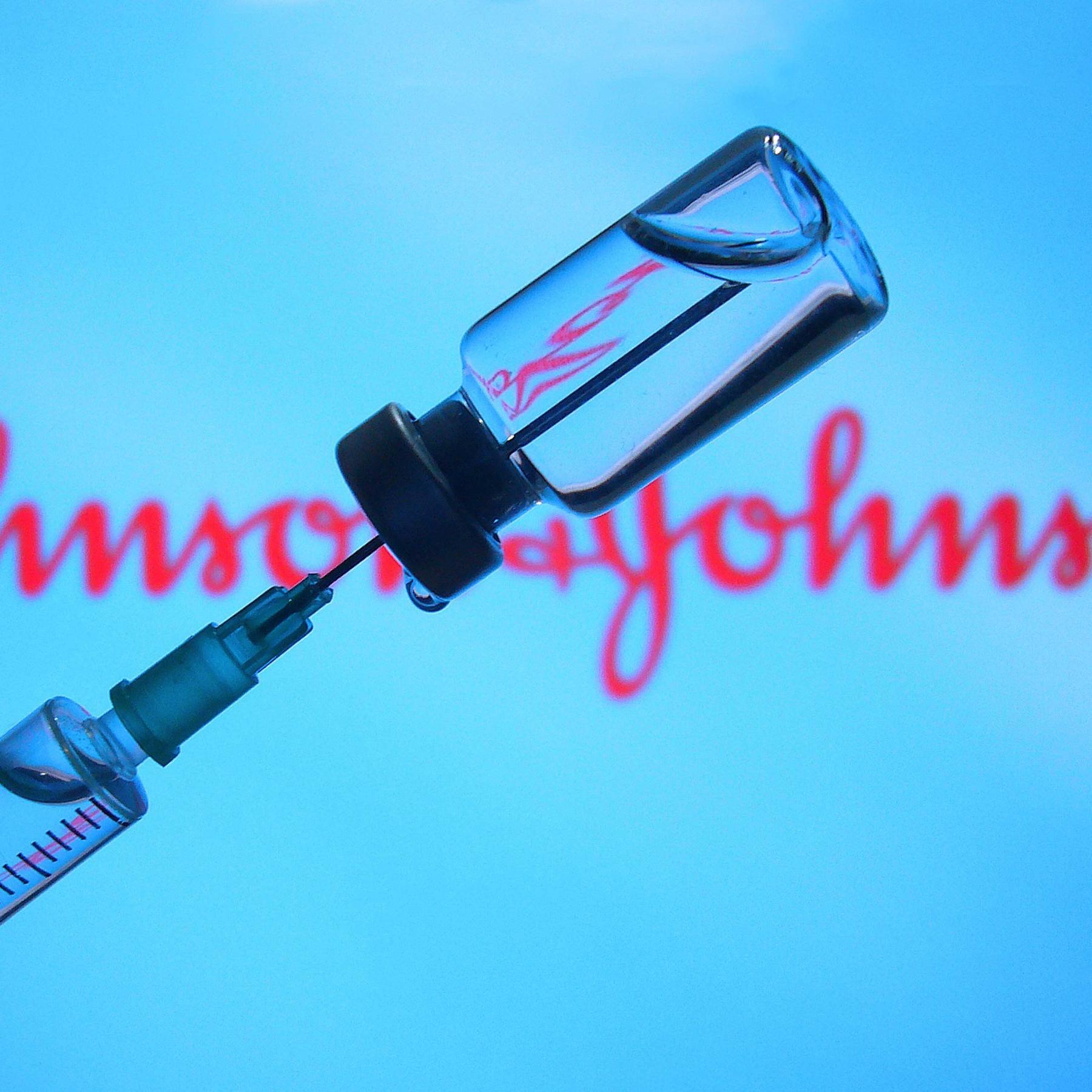 Lieferstopp von Johnson & Johnson - Gerät die Impfkampagne ins Stocken?