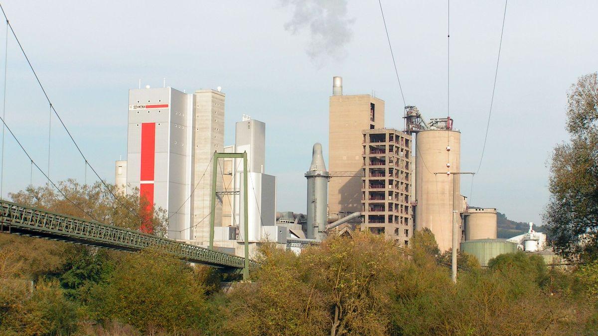 Das Zementwerk in Karlstadt
