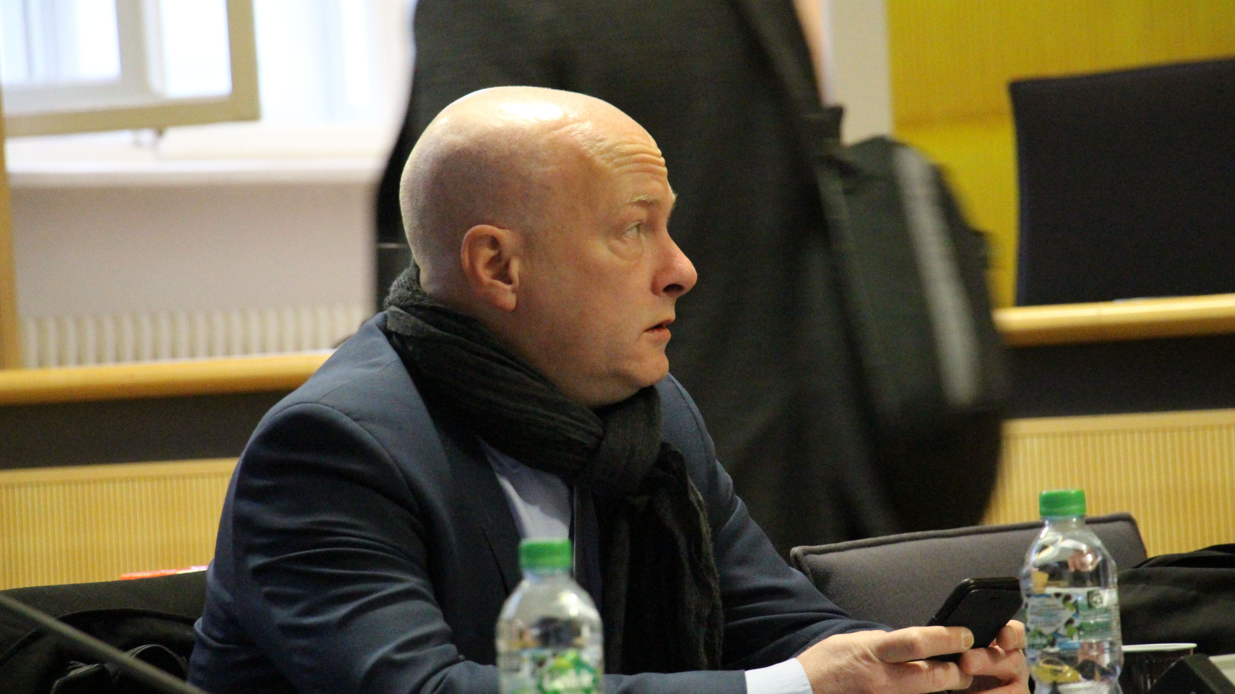 Der suspendierte Regensburger Oberbürgermeister Joachim Wolbergs vor Gericht.