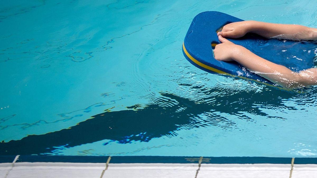 Schwimmbad (Symbolbild)