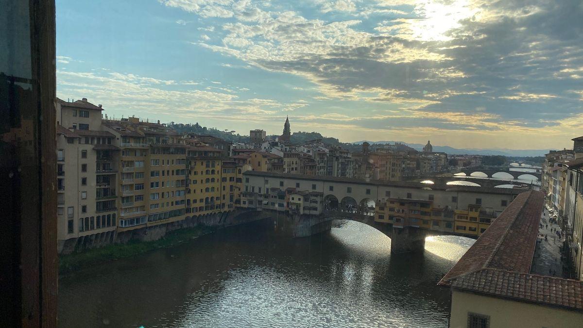 Ponte Vecchio in der Abendstimmung.