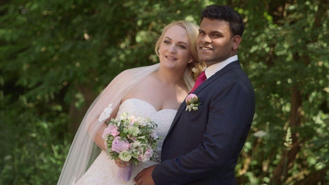 Braut Maria aus Weingarten am Bodensee und Bräutigam Gabriel aus Bangalore in Indien