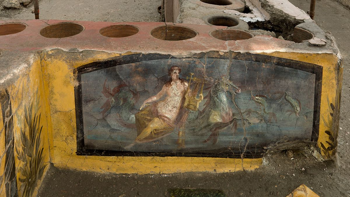 Gelber Tresen in Pompeji