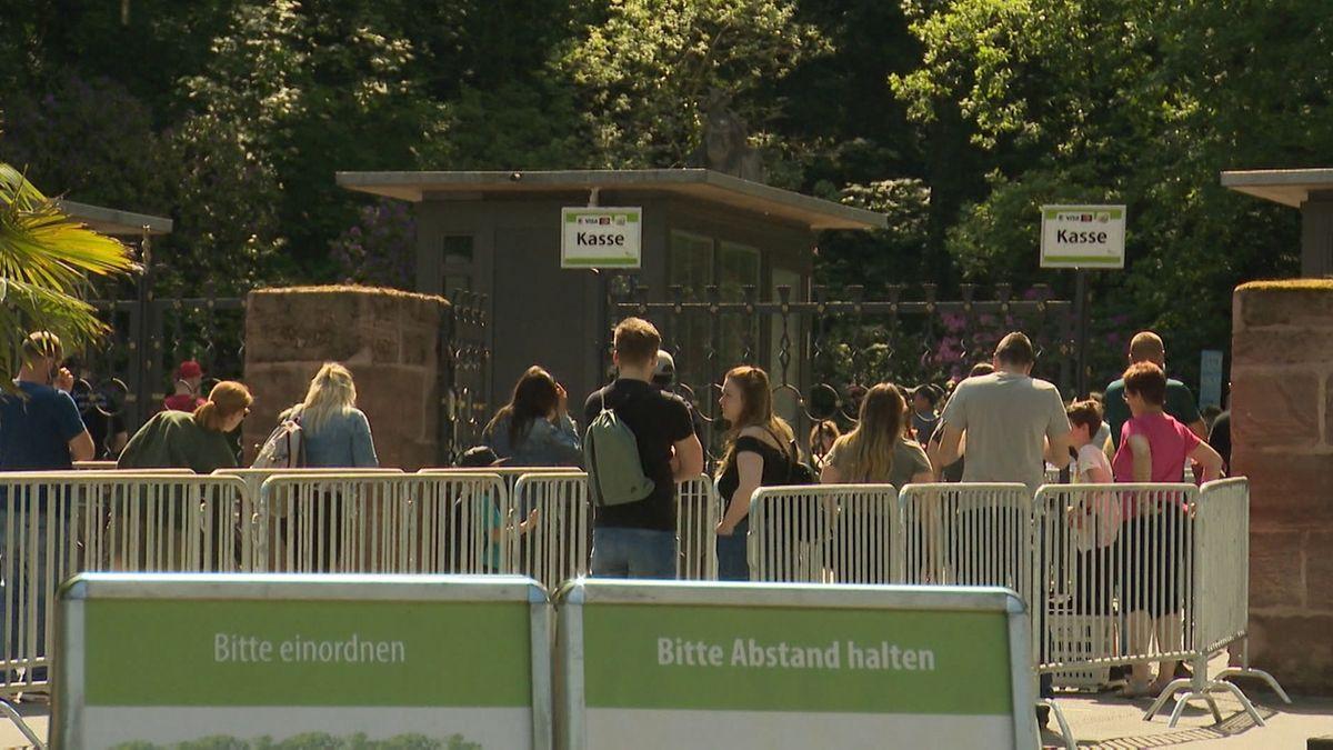 Eingang des Tiergartens Nürnberg