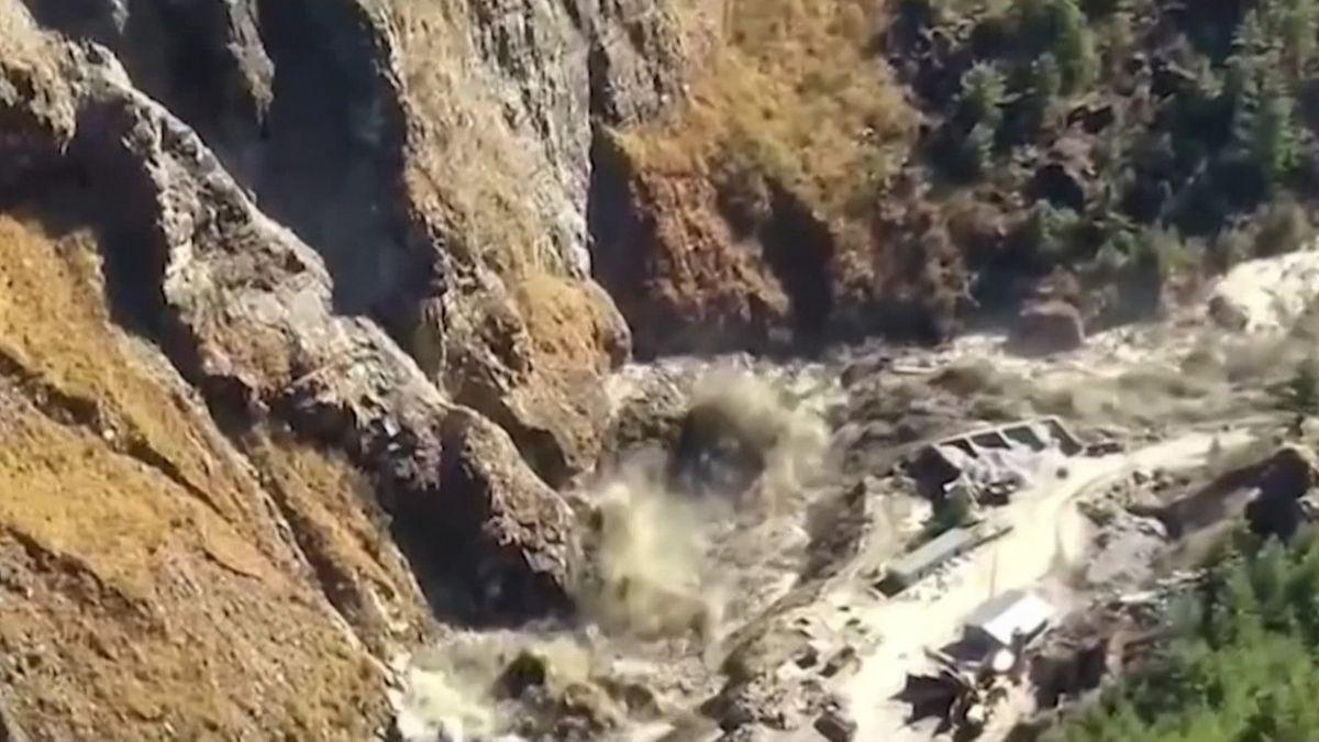 Gletscherabbruch: Erste Überlebende nach Flutwelle gerettet