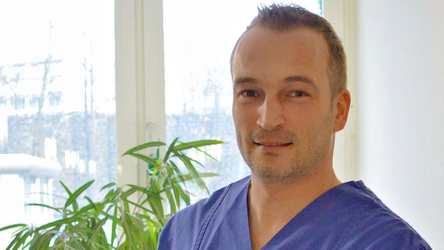 Wolfgang Wack, Krankenpfleger auf der Intentsivstation des St. Barbara Krankenhauses Schwandorf