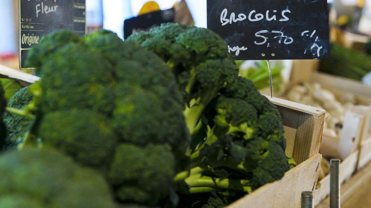 Brokkoli in Supermarkt