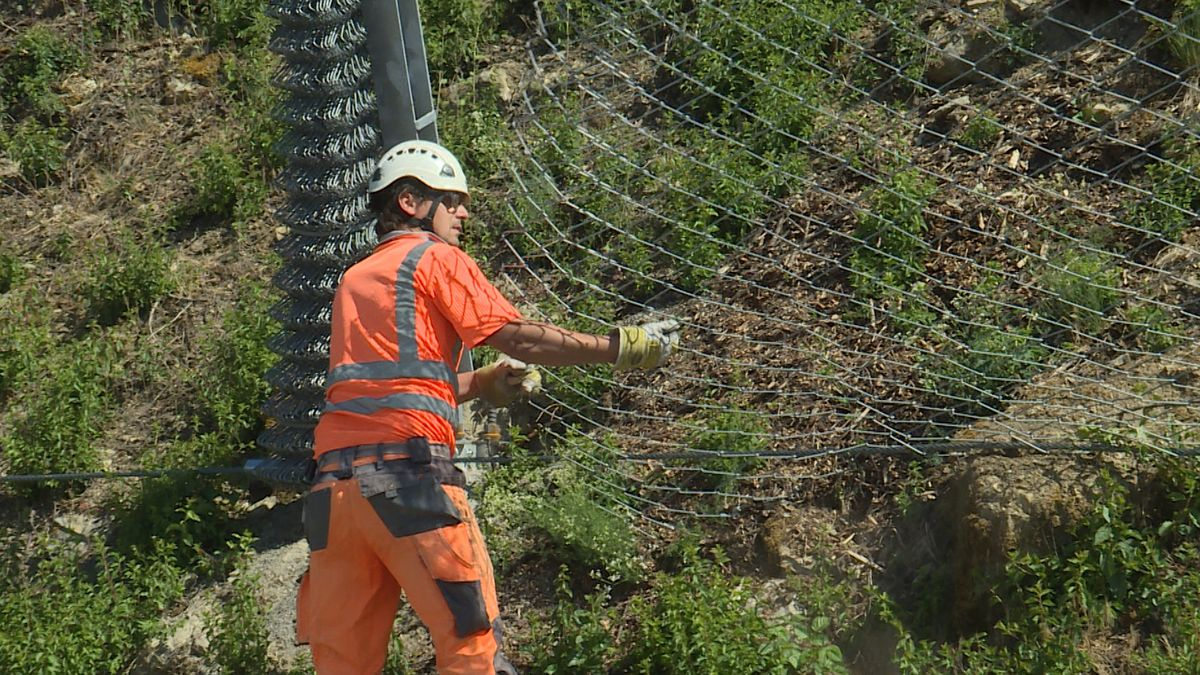 Felssicherungsarbeiten zwischen Eibelstadt und Sommerhausen