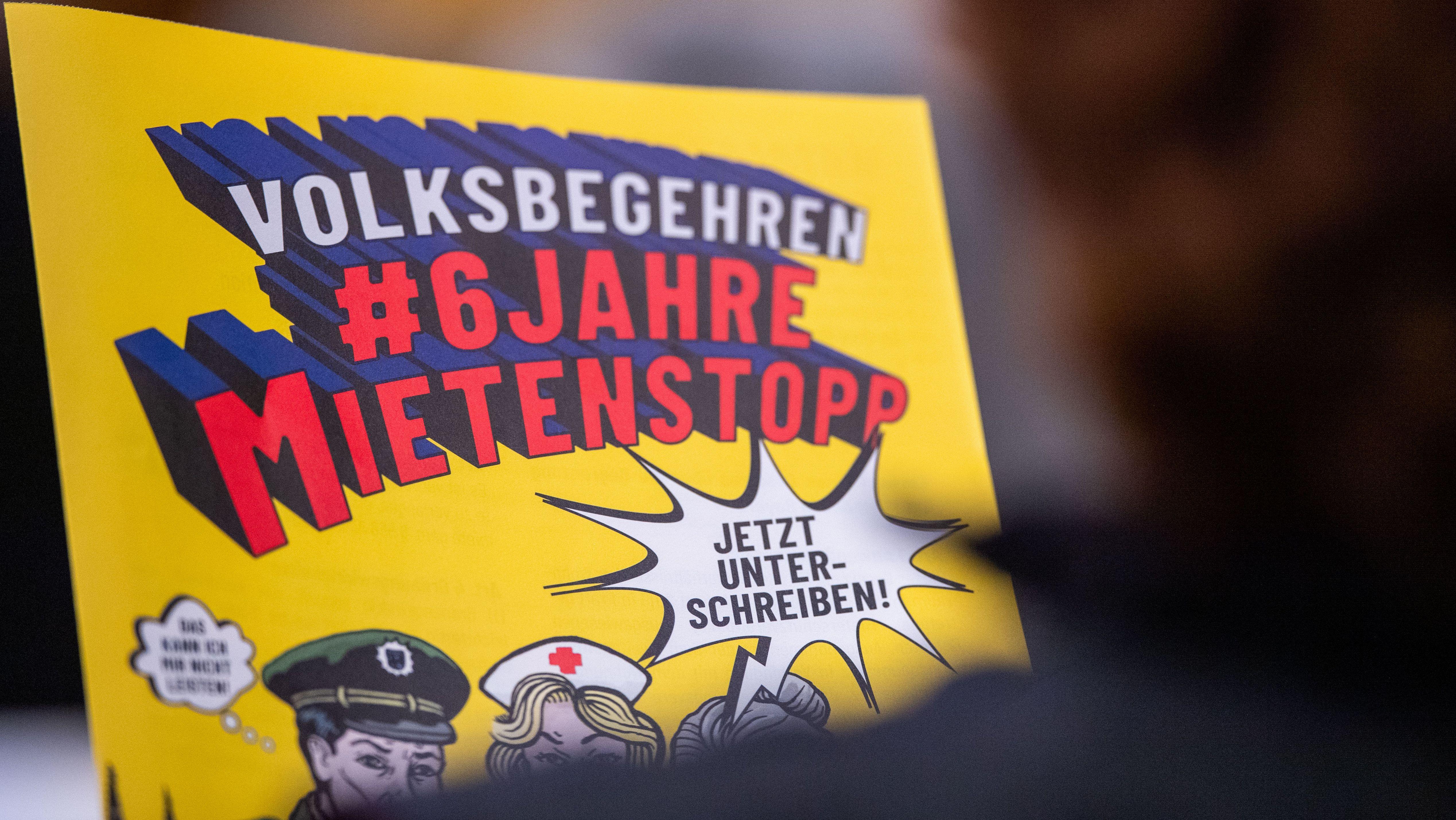 """Ein Flyer zum Volksbegehren """"6 Jahre Mietenstopp""""."""