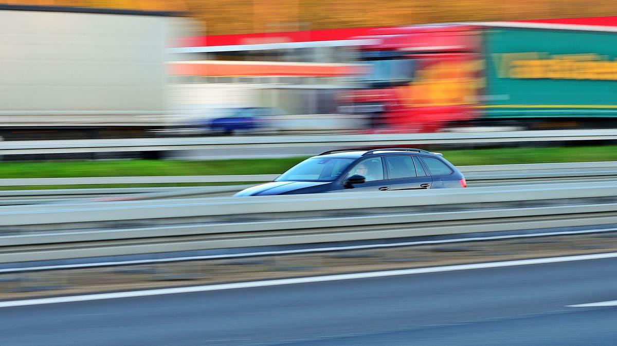 Autobahn (Symbolbild)