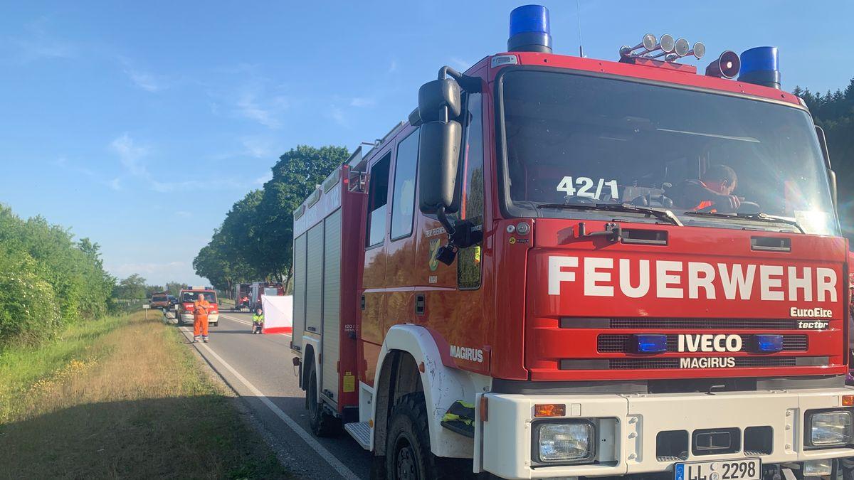 Foto von der Unfallstelle auf der B17 bei Denklingen.