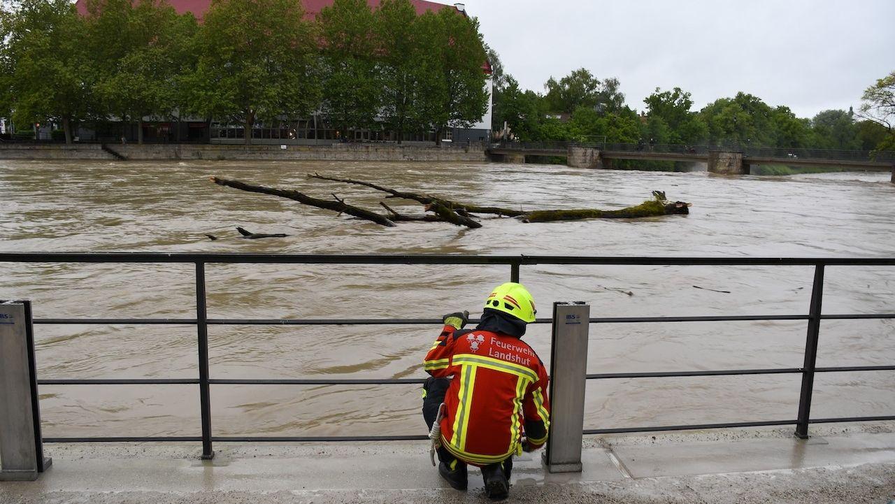 Hochwasser auch an der Isar in Landshut