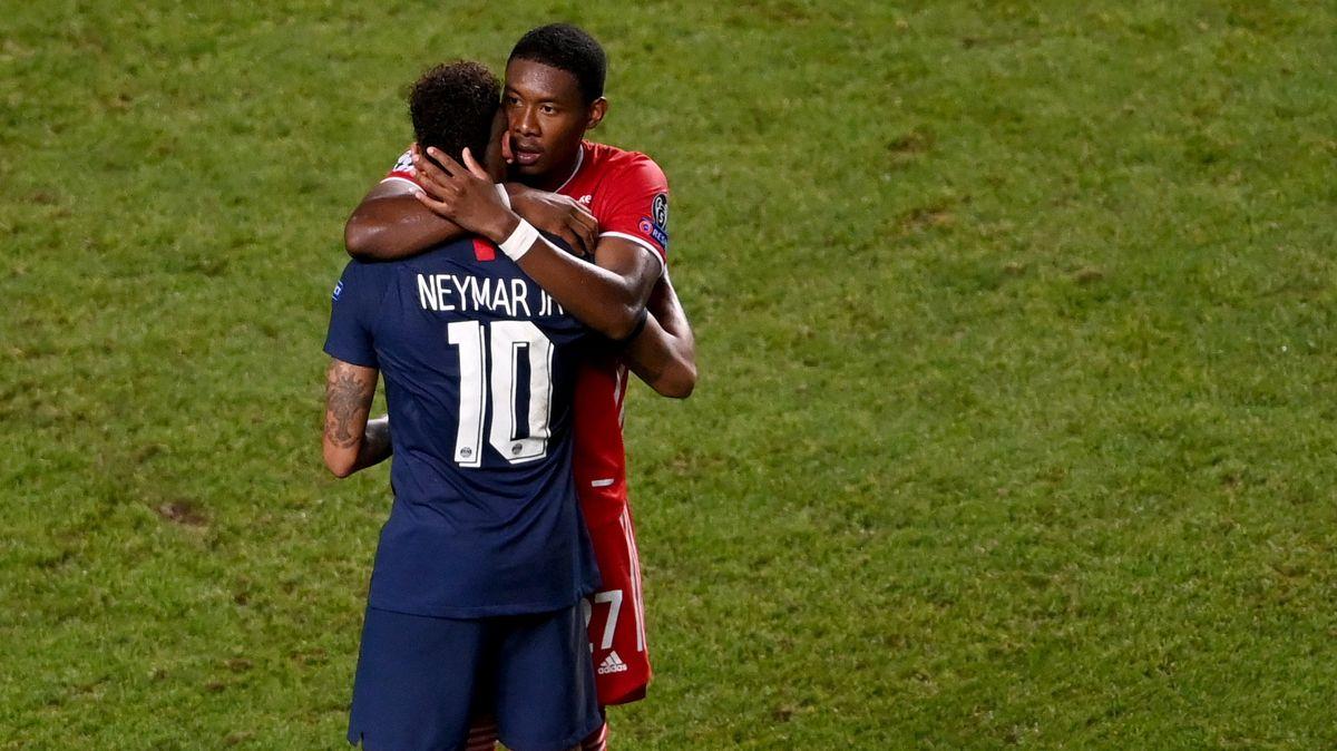 David Alaba tröstet Neymar nach dessen verlorenen Champions-League-Finale.