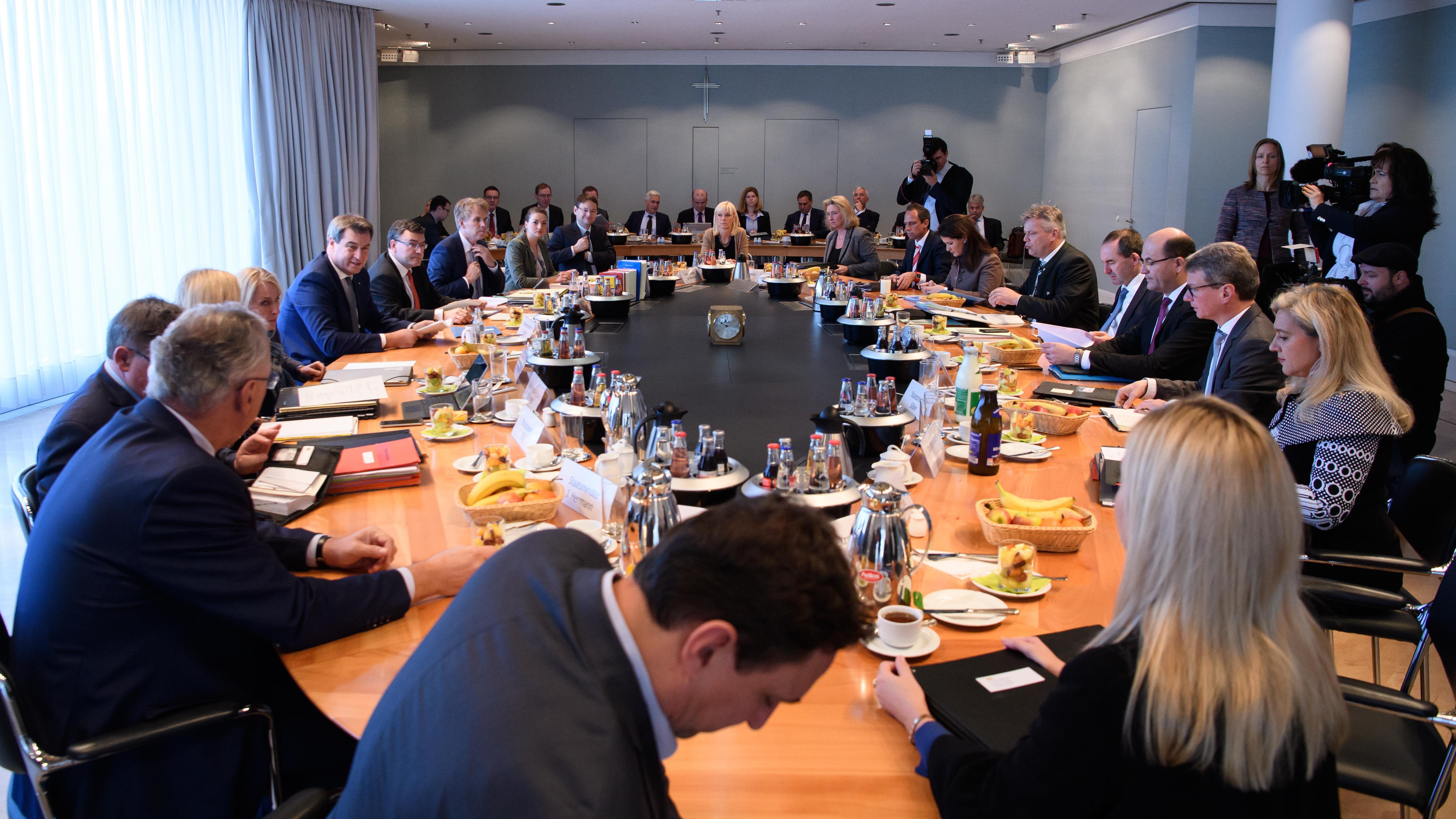 Die Mitglieder des bayerischen Kabinetts