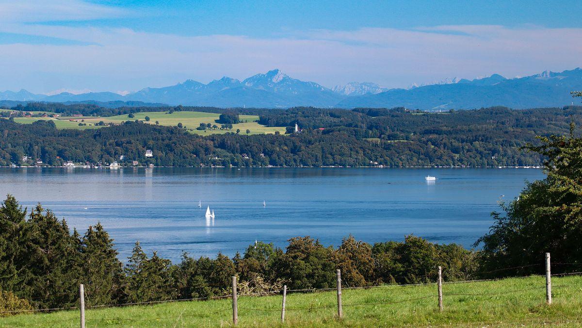 Blick von der Ilkahöhe auf den Starnberger See im September 2020.