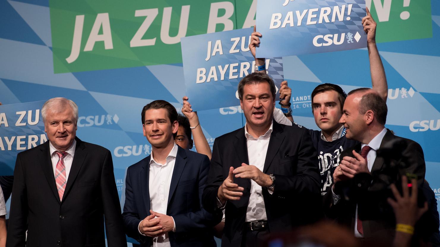 Die CSU-Spitze mit Gastredner Kurz beim Wahlkampfabschluss