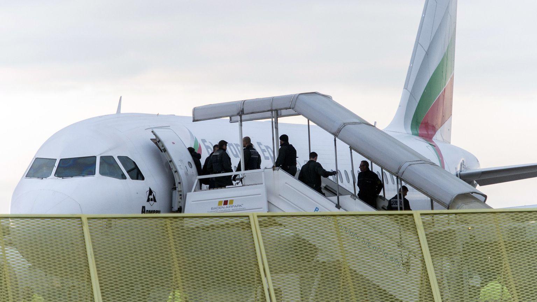 Abschiebung per Flugzeug (Symbolbild)