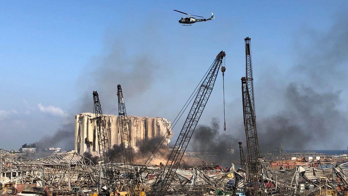Der zerstörte Hafen nach der Explosion in Beirut