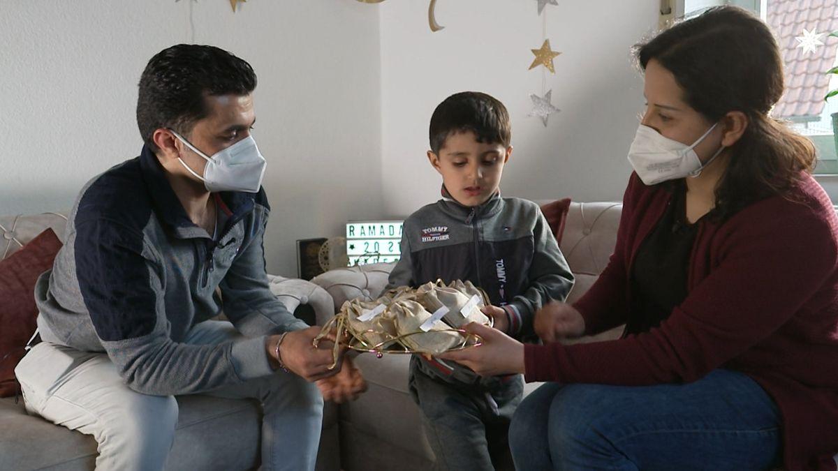 Am Mittwoch hat mit Sonnenuntergang der Fasten-Monat Ramadan begonnen. Auch er wird von der Corona-Pandemie überschattet.