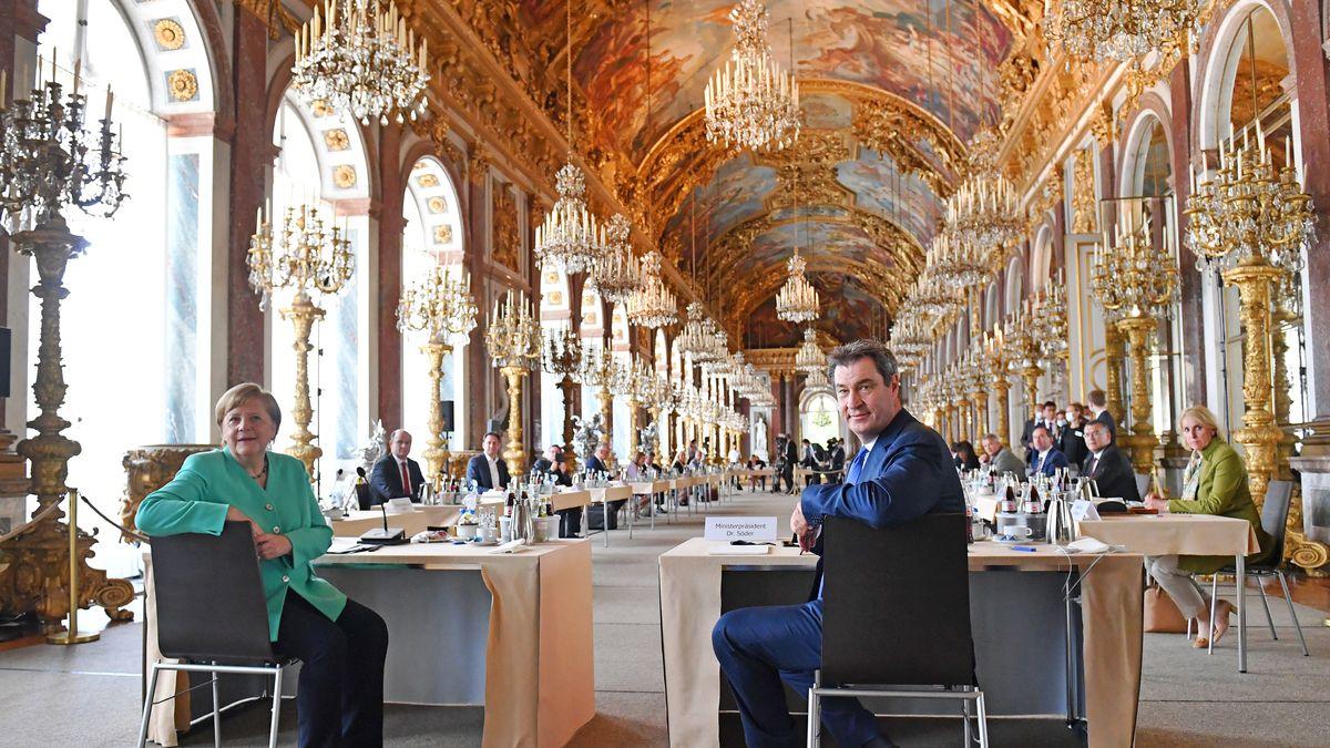 Merkel und Söder im Schloss Herrenchiemsee