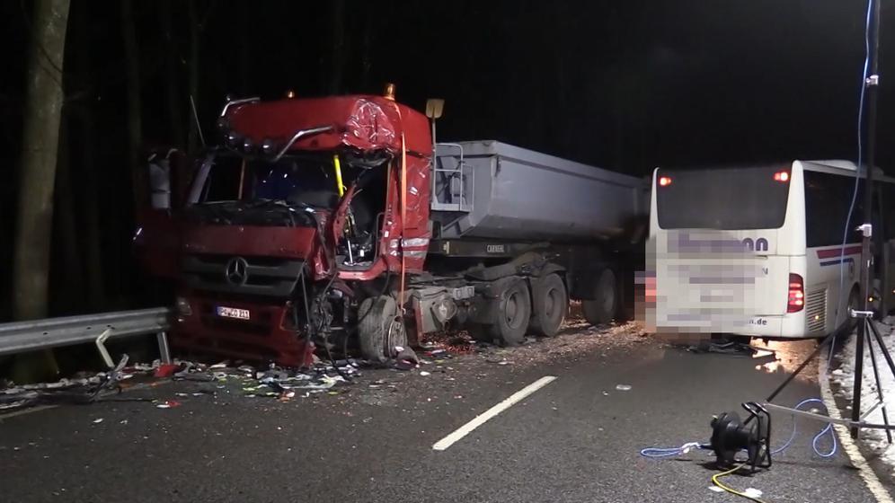 Tödlicher Verkehrsunfall bei Fürstenstein im Kreis Passau | Bild:BR