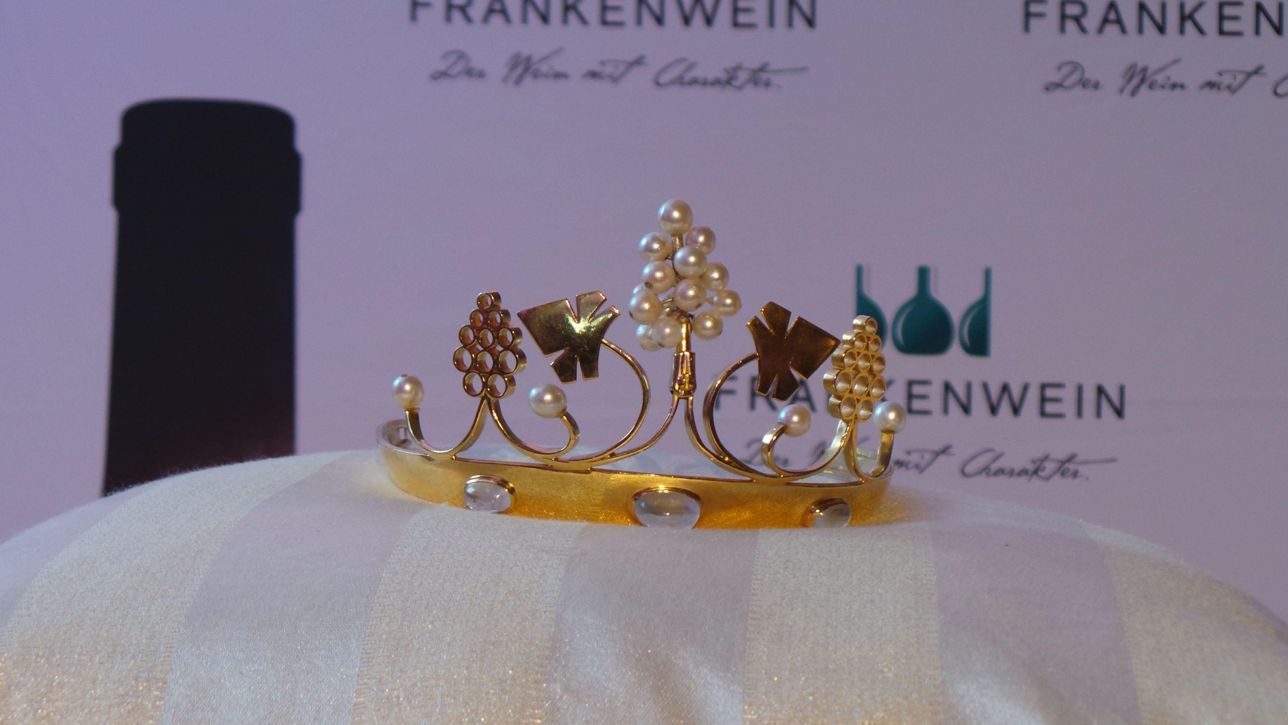 Krone der Fränkischen Weinkönigin