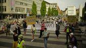 Rund 300 Klimaaktivisten demonstrierten in Nürnberg.   Bild:Mathis Saathoff