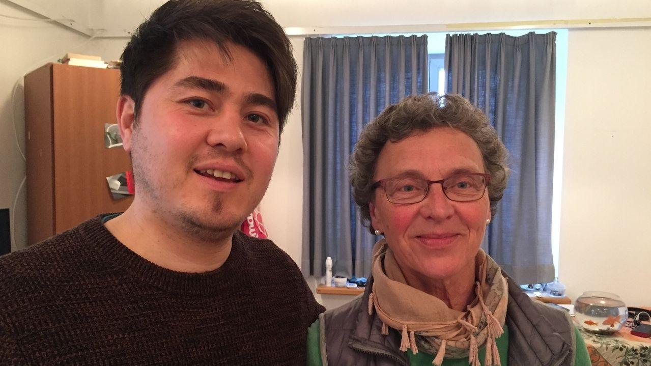 Der Afghane Reza Jafari und Pfarrerin Marlies Gampert