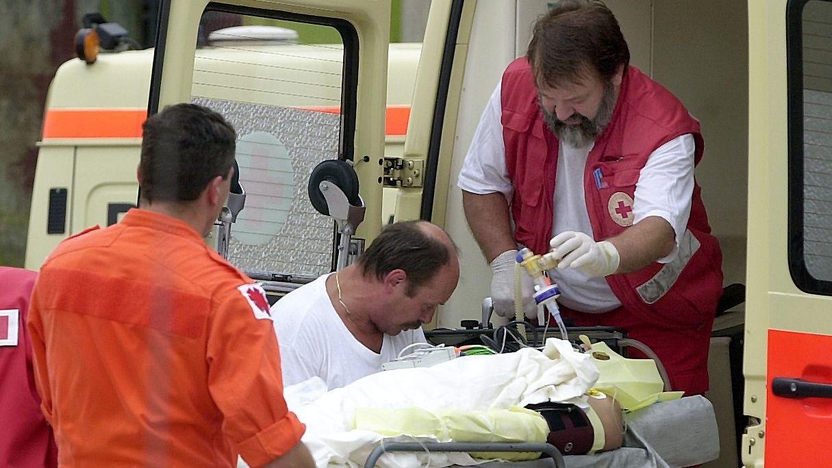 Symbolbild: Rettungssanitäter im Einsatz