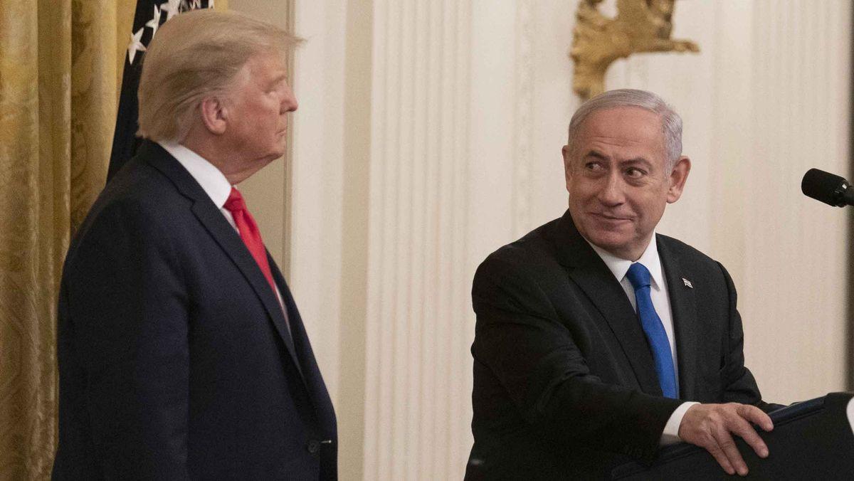 Donald Trump (links) und Benjamin Netanjahu (rechts) im Wießen Haus.