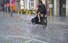 Regen in Berlin   Bild:dpa/pa/Jörg Carstensen