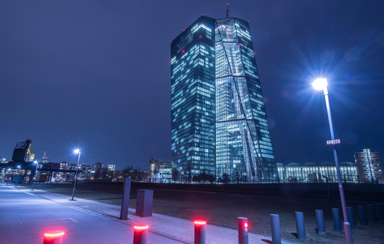 Karlsruhe weist Klagen gegen europäische Bankenunion ab - Wirtschaft