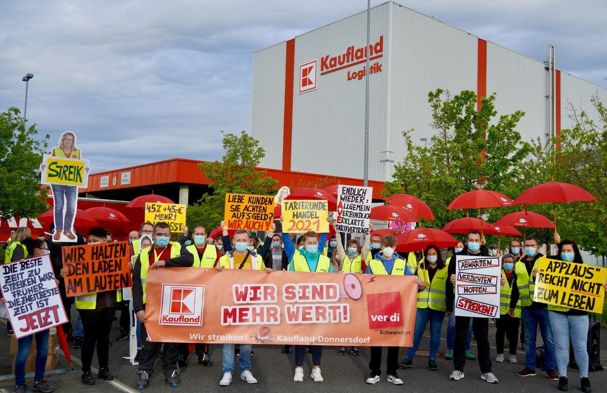 Streik im Kaufland-Lager in Donnersdorf: Verdi fordert mehr Lohn