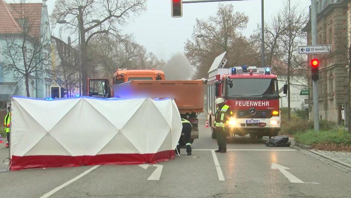 Seniorin stirbt bei Unfall in Ansbach.
