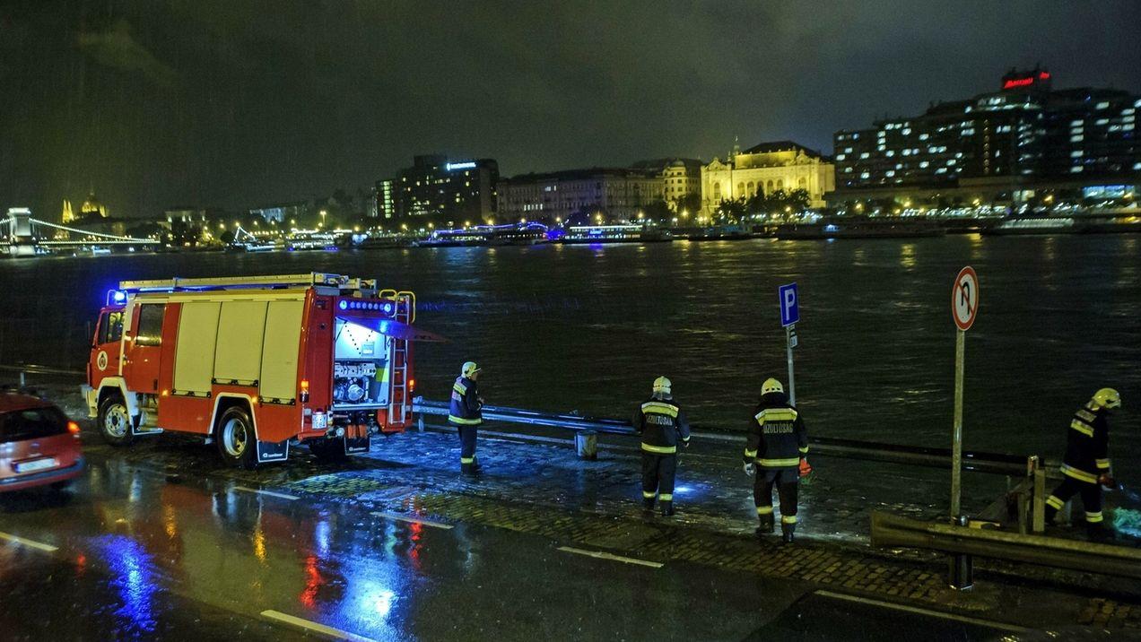 Schiffsunglück auf der Donau in Budapest